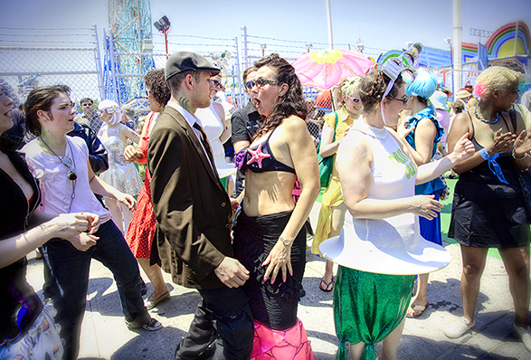 Mermaid Parade 02