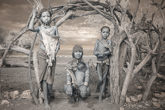 Hamar Family in the Omo Valley - Terri Gold