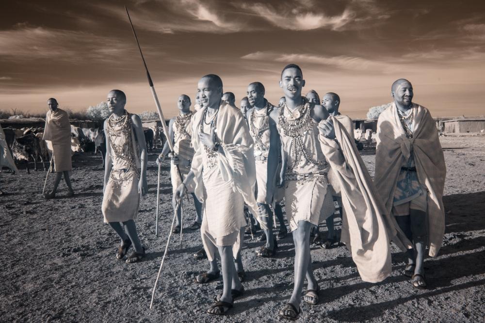 Kenya_2015_red_-2172